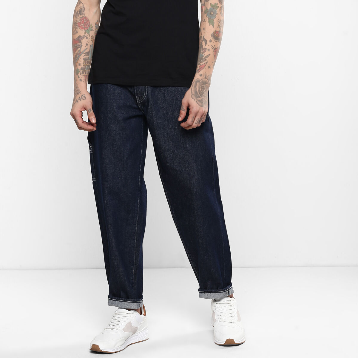 562™ Loose Tapered Fit Utility Jeans