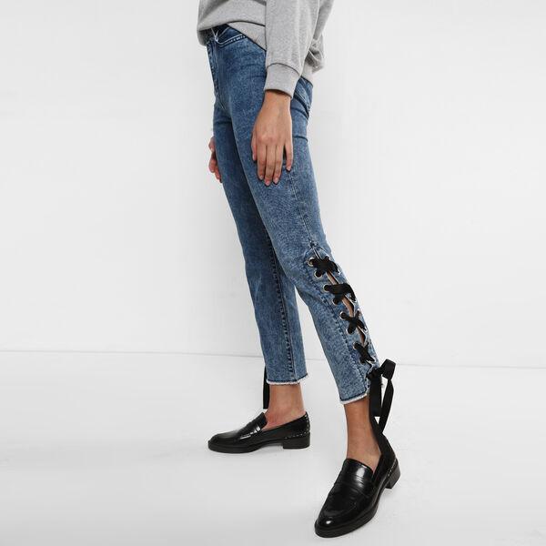 Side Ribboned Jeans