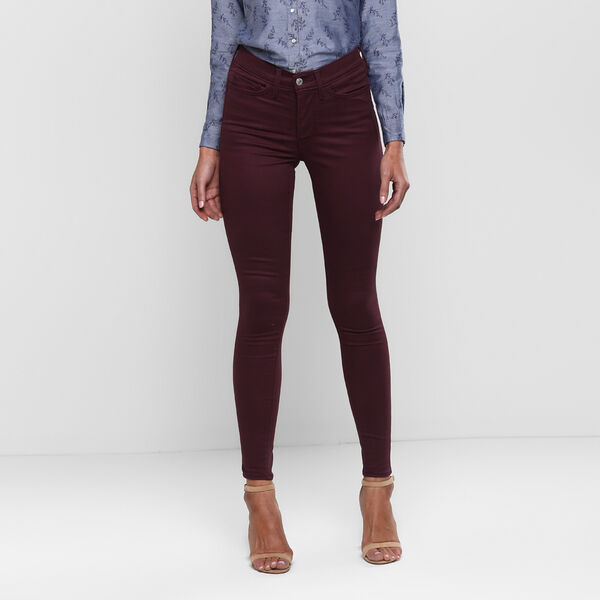 310 White Tab Shaping Super Skinny Jeans