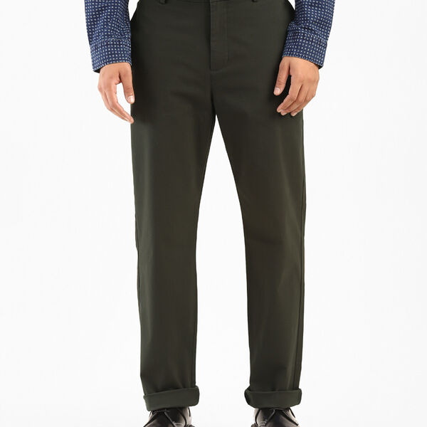 Levi's® Solid Chinos