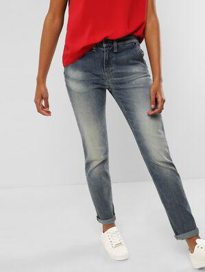 Styled Boyfriend Jeans