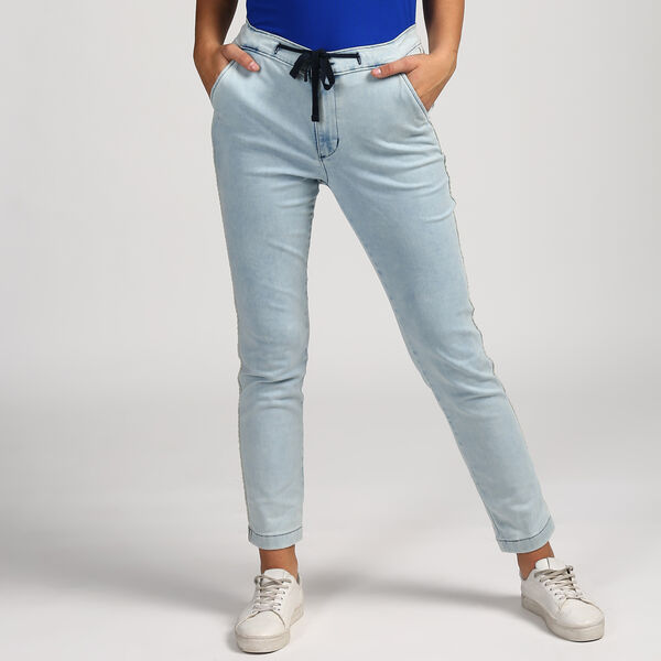 KNOTTED TAPER JEANS