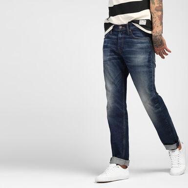 511™ Styled Denim Slim Fit Jeans - Academy Blue Colour   Levi s® India 27b7c3a33a