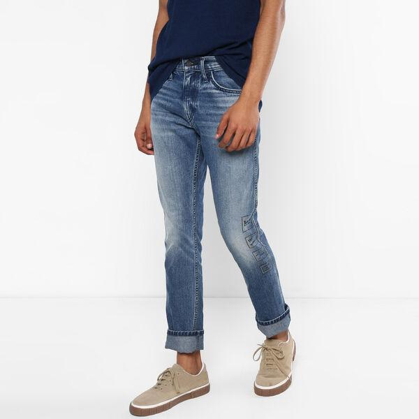 511™ Line 8 Slim Fit Jeans