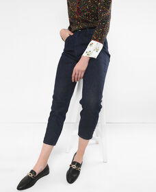 Pleated Tapered Jeans